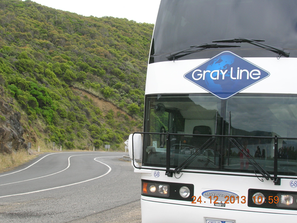 Great Ocean Road Tour Bus